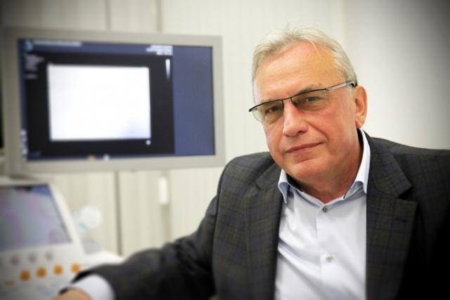 dr Jan Faryna